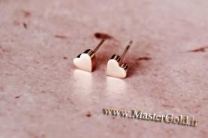 گوشواره میخی با طرح قلب
