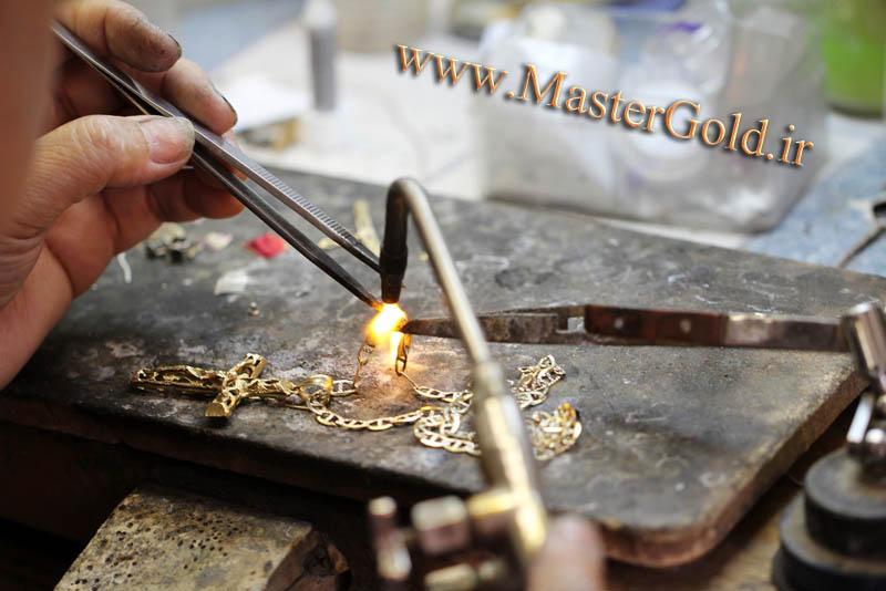 چرا در بعضی مواقع طلا فروشان به جهت خرید طلا از مشتریان , طلای آنان را شکسته و میسوزانند؟ و آیا با این عمل از وزن طلا کم خواهد شد؟