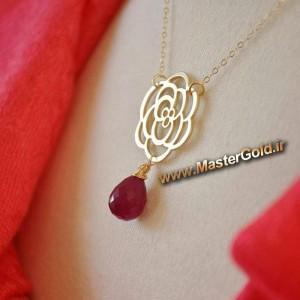 گردنبند طرح گل و یاقوت سرخ