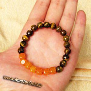 دستبند سنگ طبیعی عقیق نارنجی مکعبی و چشم ببر تراش